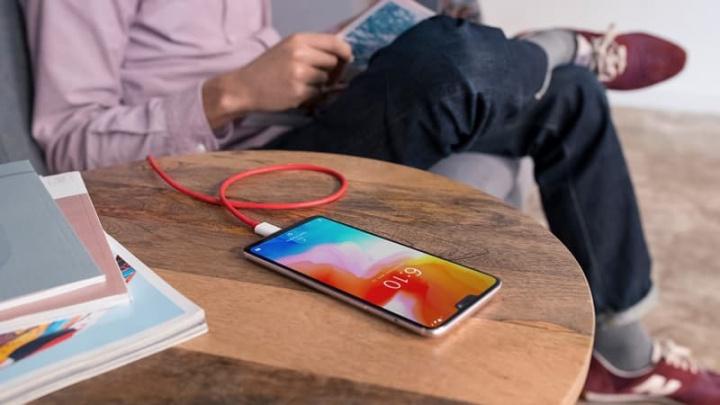 OnePlus 8 kommer att ha en av de bästa skärmarna 2020 smartphones vid 120 Hz, bekräftar VD Pete Lau