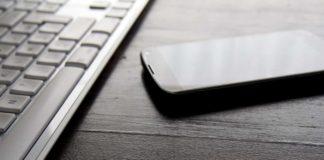 Hur man använder ett fysiskt tangentbord för att skriva på din Android-telefon