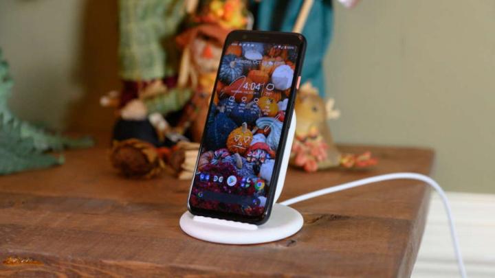 Android 11 trådlös laddning Google varning