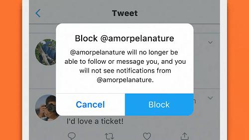 Twitter    Odstrániť zmienku