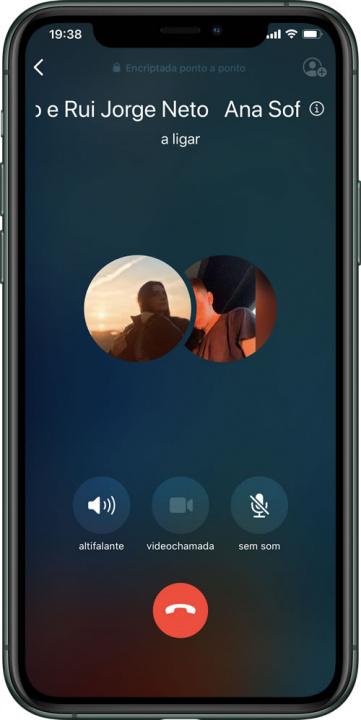 Mẹo: Cách thực hiện cuộc gọi video nhóm qua WhatsApp trên iPhone 3