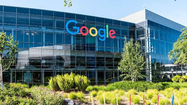 Facebook và Google sẽ tiếp tục làm việc từ xa đến năm 2021 2