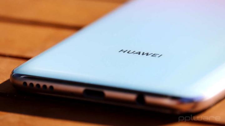 Thị trường đồng hồ tin tức Huawei Mate