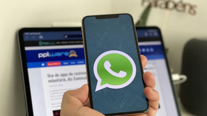 Hình ảnh WhatsApp với cuộc gọi nhóm trên iPhone