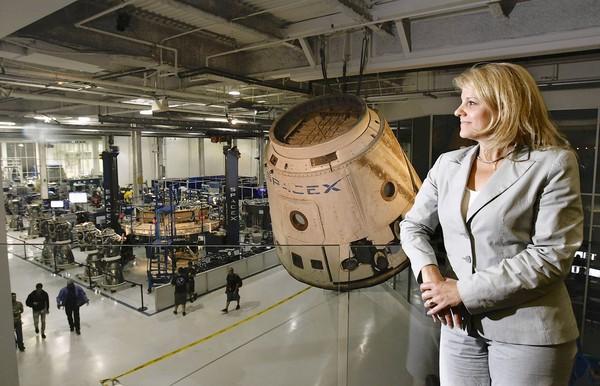Gwynne Shotwell, pozná cestu k úspechu súčasného prezidenta a výkonného riaditeľa spoločnosti SpaceX 12