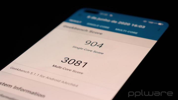 Recenzia Realme X50 Pro 5G - moderný vlajkový vrah? 11