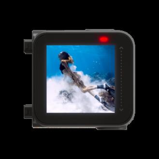 Insta360 One R är en modulär 360 och actionkam med IPX8-vattentätning, USB-C och en 1-inch Leica sensor 1