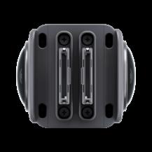 Insta360 One R är en modulär 360 och actionkam med IPX8-vattentätning, USB-C och en 1-inch Leica sensor 6