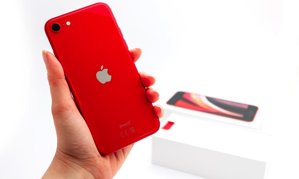 Apple iPhone 8 lên iPhone SE - Nâng cấp có đáng không? 1