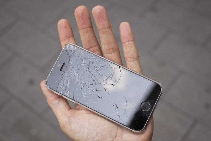Apple    oprava displeja