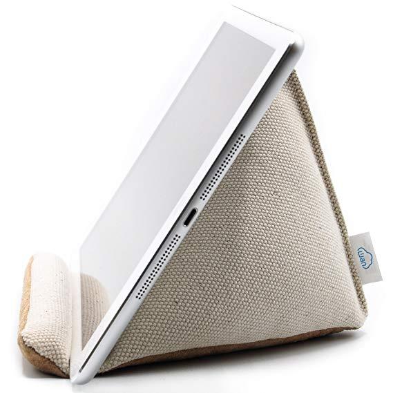Wan Living Natural Series Tablet Pillow Stand för iPad Pro 2018
