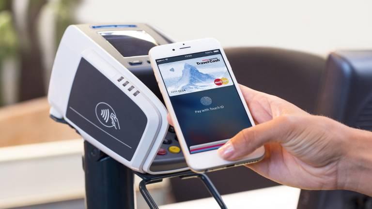 Apple Pay je teraz vďaka Curve kompatibilný s takmer všetkými kartami 1