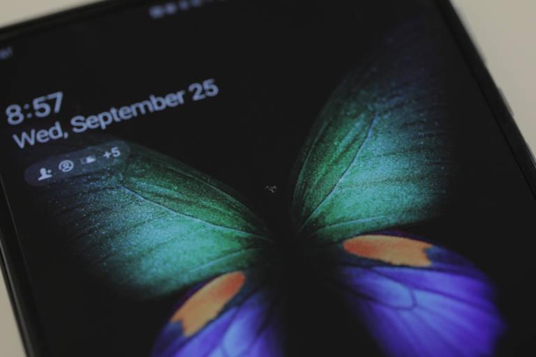 Samsung Galaxy Fold, har en enhet under test igen problem med displayen 1
