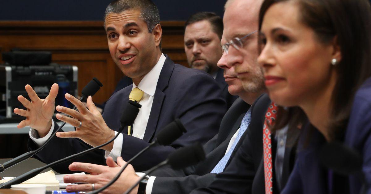 A FCC não punirá a Verizon e a T-Mobile por exagerarem seus mapas de cobertura
