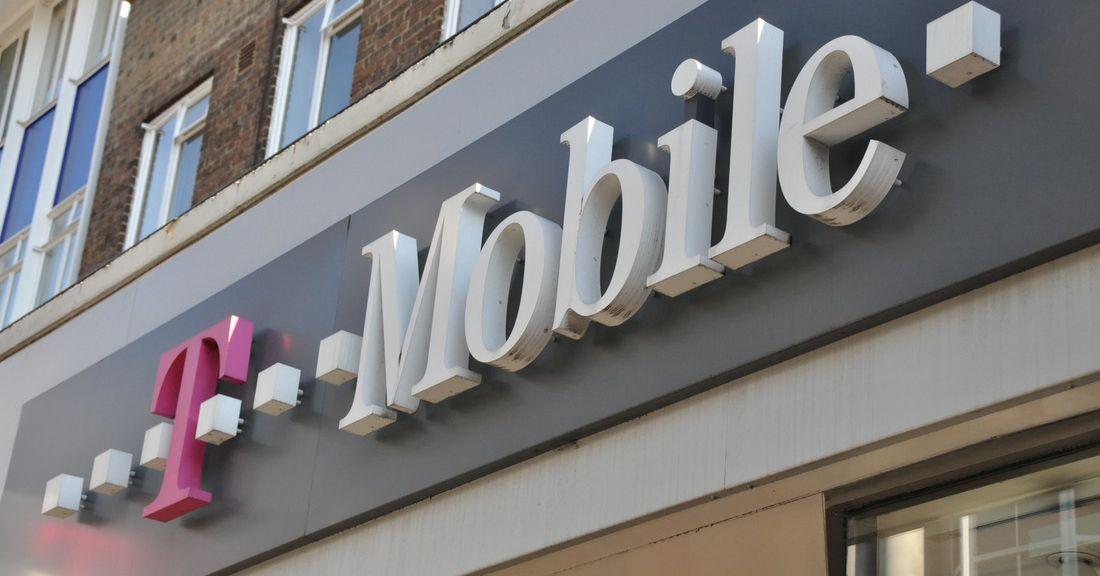 A T-Mobile promete um plano Connect de orçamento de US $ 15 com dados de 2 GB se a fusão da Sprint for aprovada