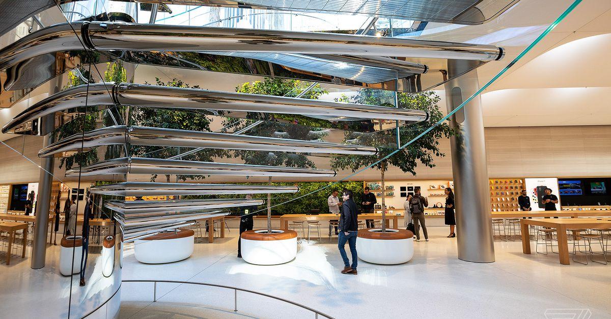 Apple detalha seu plano de reabrir com segurança as lojas de varejo