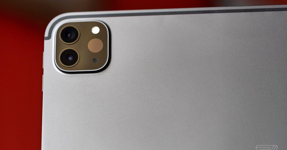 AppleO novo iPad Pro do iPad corta o microfone quando o estojo é fechado para evitar bisbilhoteiros