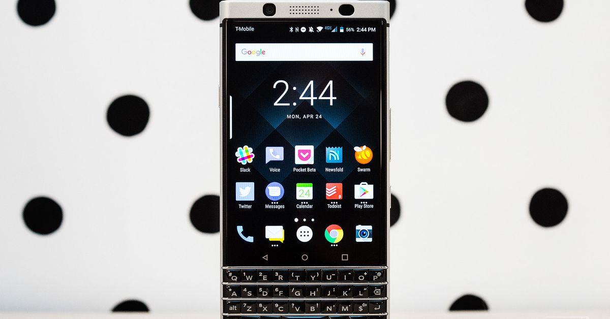 BlackBerry KeyOne review: parte produtividade, parte nostalgia