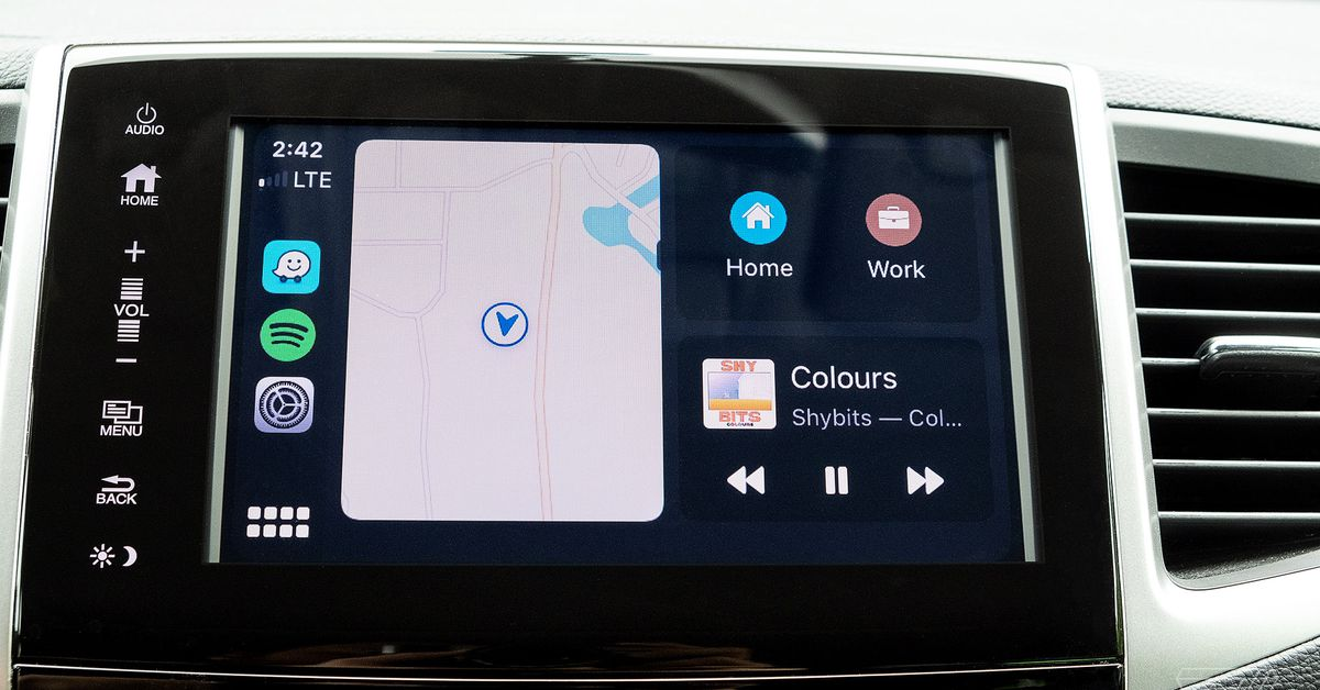 O painel CarPlay recebe suporte de mapas de terceiros no iOS 13.4