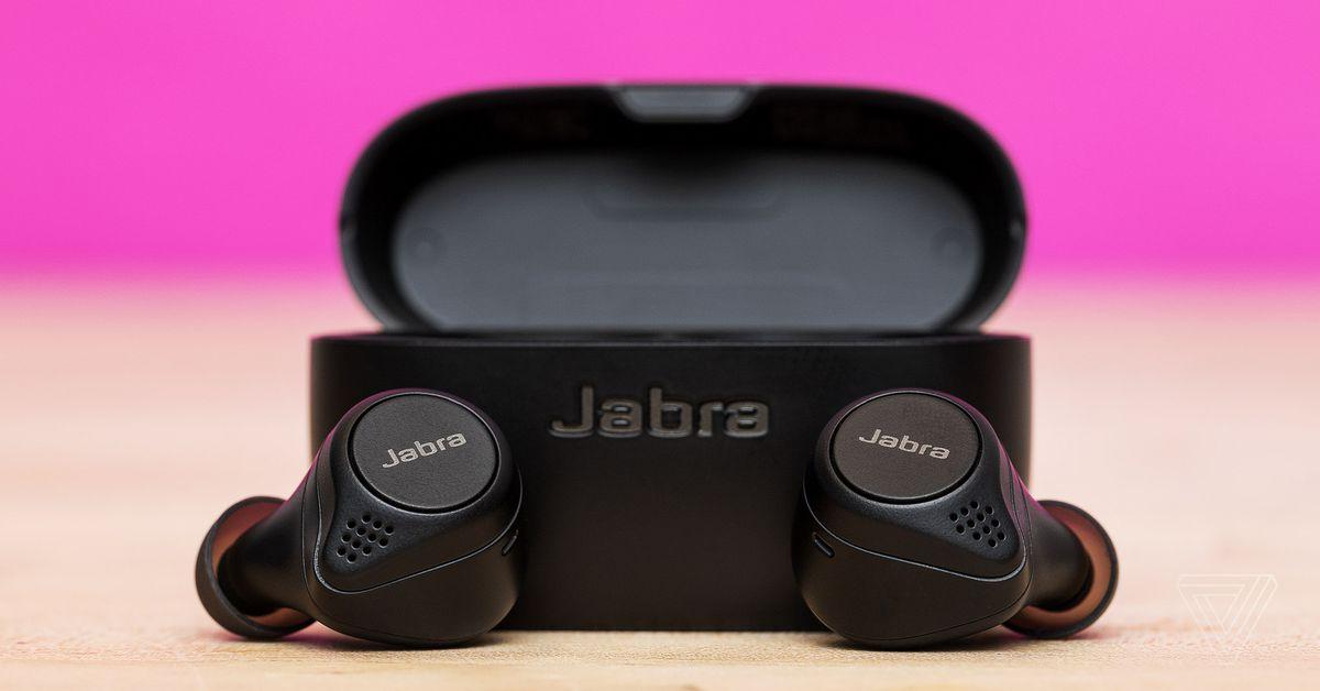 Os excelentes fones de ouvido sem fio Elite 75t da Jabra são recondicionados por US $ 100 em Newegg