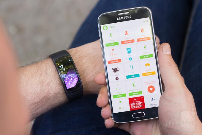 Samsung Gear Fit 2 banda de fitness comentário