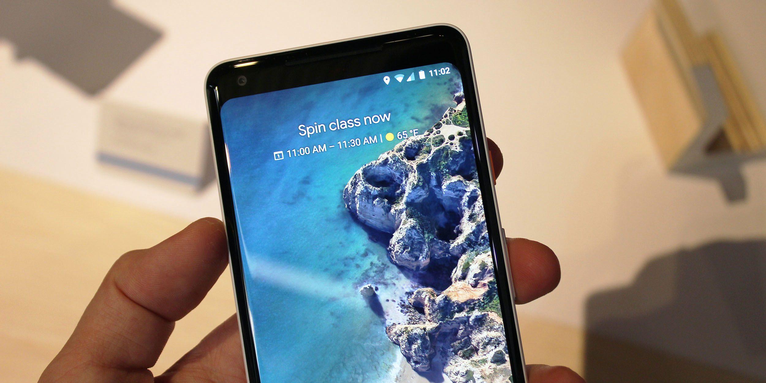 Google app 8.39 mata o widget antigo do Feed e é substituído por De relance