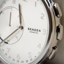 Revisão conectada Skagen Hagen