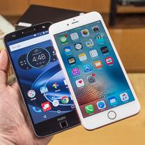 Vs Moto Z Force Droid Apple iPhone 6s Plus 1